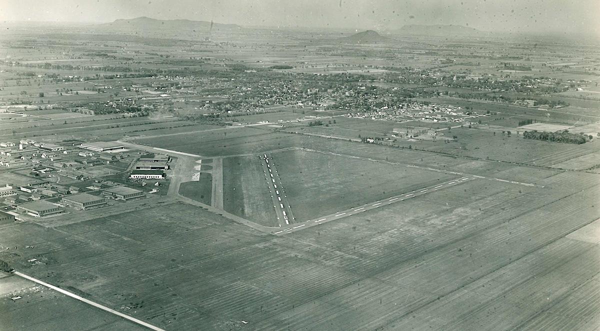 Aéroport de Saint-Jean-sur-Richelieu en 1948