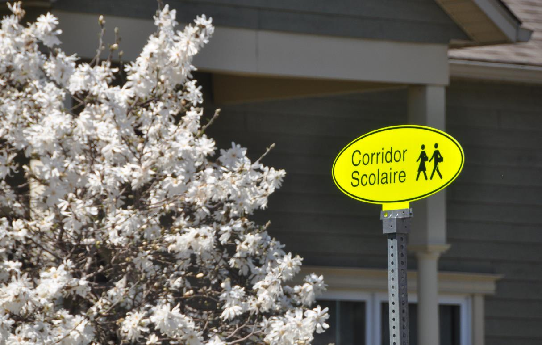 Panneau de corridor scolaire