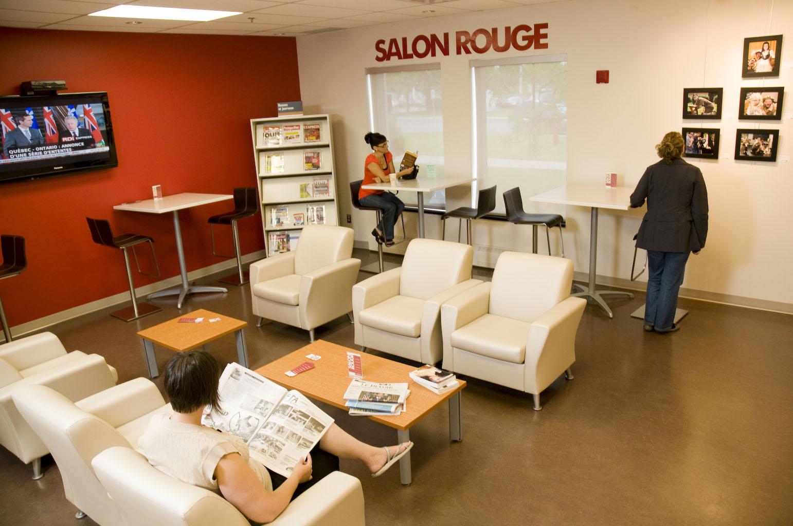 Salon rouge de la bibliothèque Saint-Luc