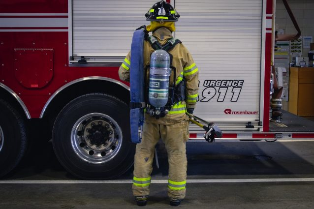 L'équipement d'un pompier (dos)